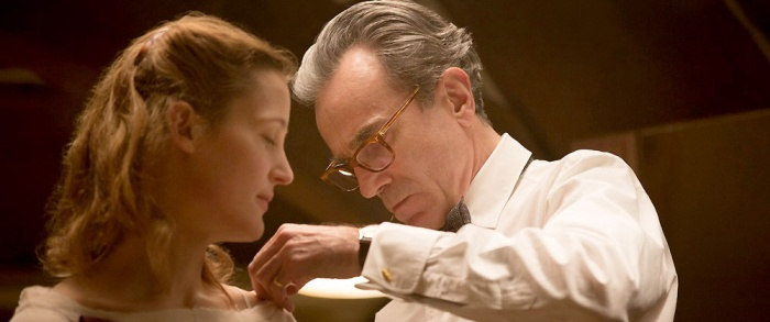 The-Phantom-Thread-05
